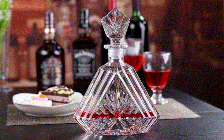 600ml Wine Decanter Whiskey Glass Bottle With Lid Height 29cm For Alcohol Bar